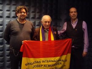 José Almudéver y los profesores del instituto sevillano.