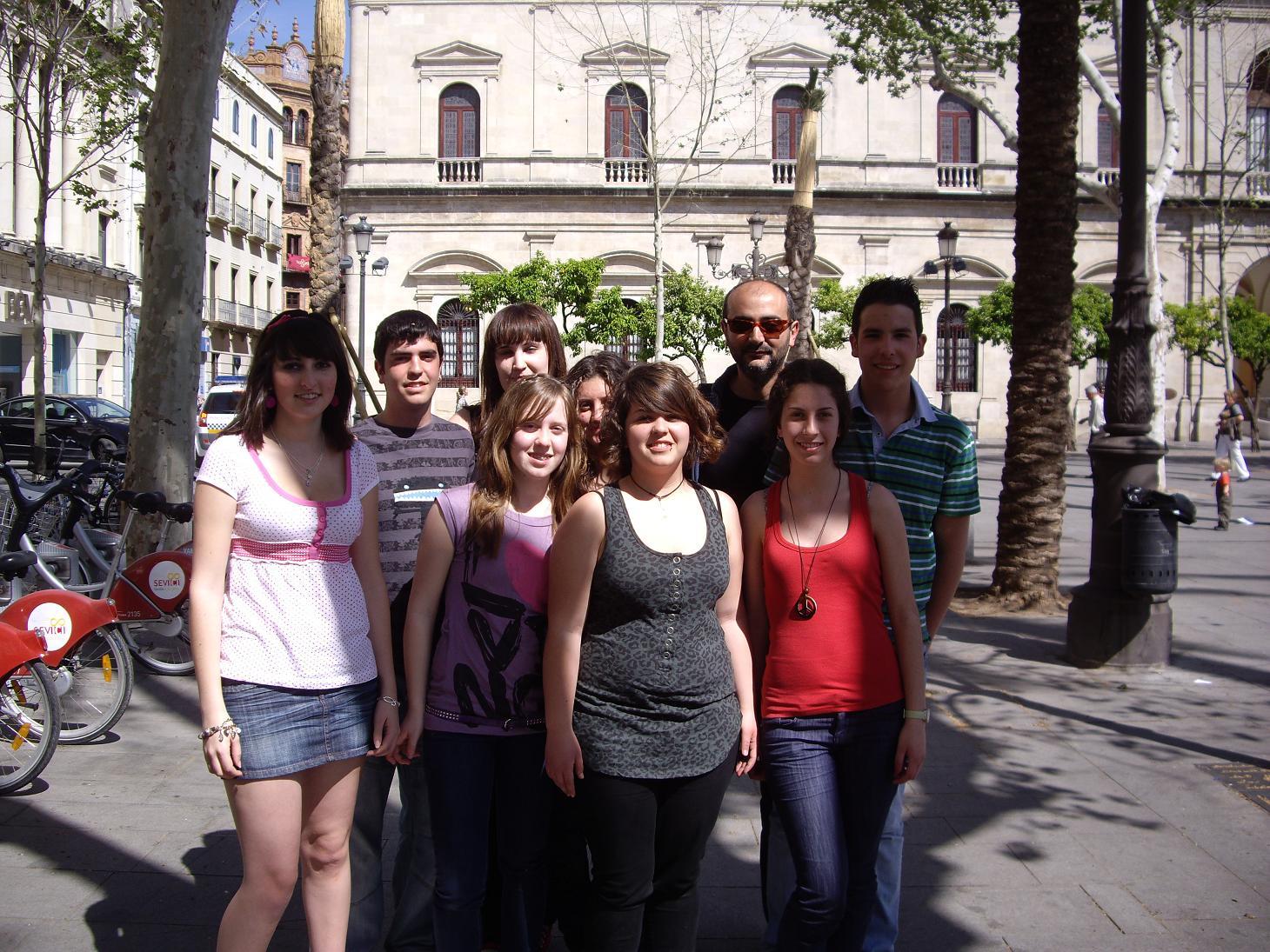 La memoria blog archive estudiantes andaluces que han for Calle prado del rey conil