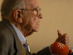 Santiago Carrillo en la entrevista al programa 'La Memoria' en 2007. Foto Kika Castejón.