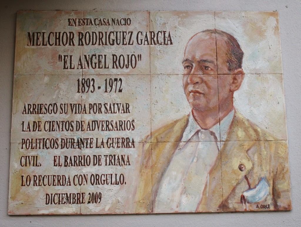 Placa en Sevilla a Melchor Rodriguez