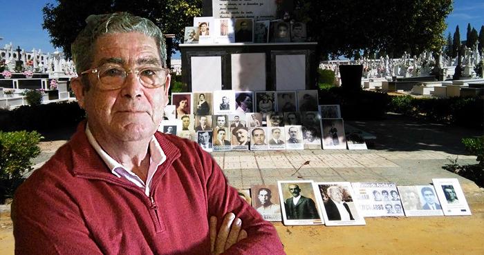 Díaz Arriaza con la fosa del Monumento al fondo.