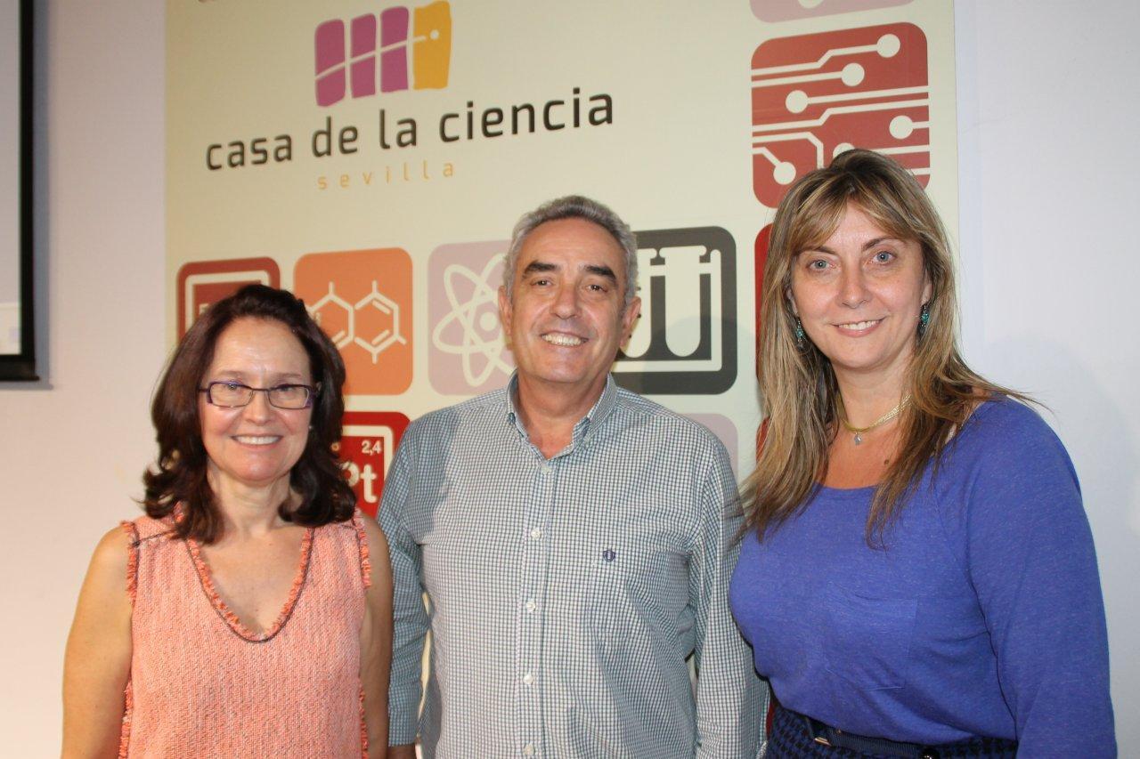 Encarnación Lemus, Rafael Guerrero y Margarita Márquez, de izquierda a derecha.