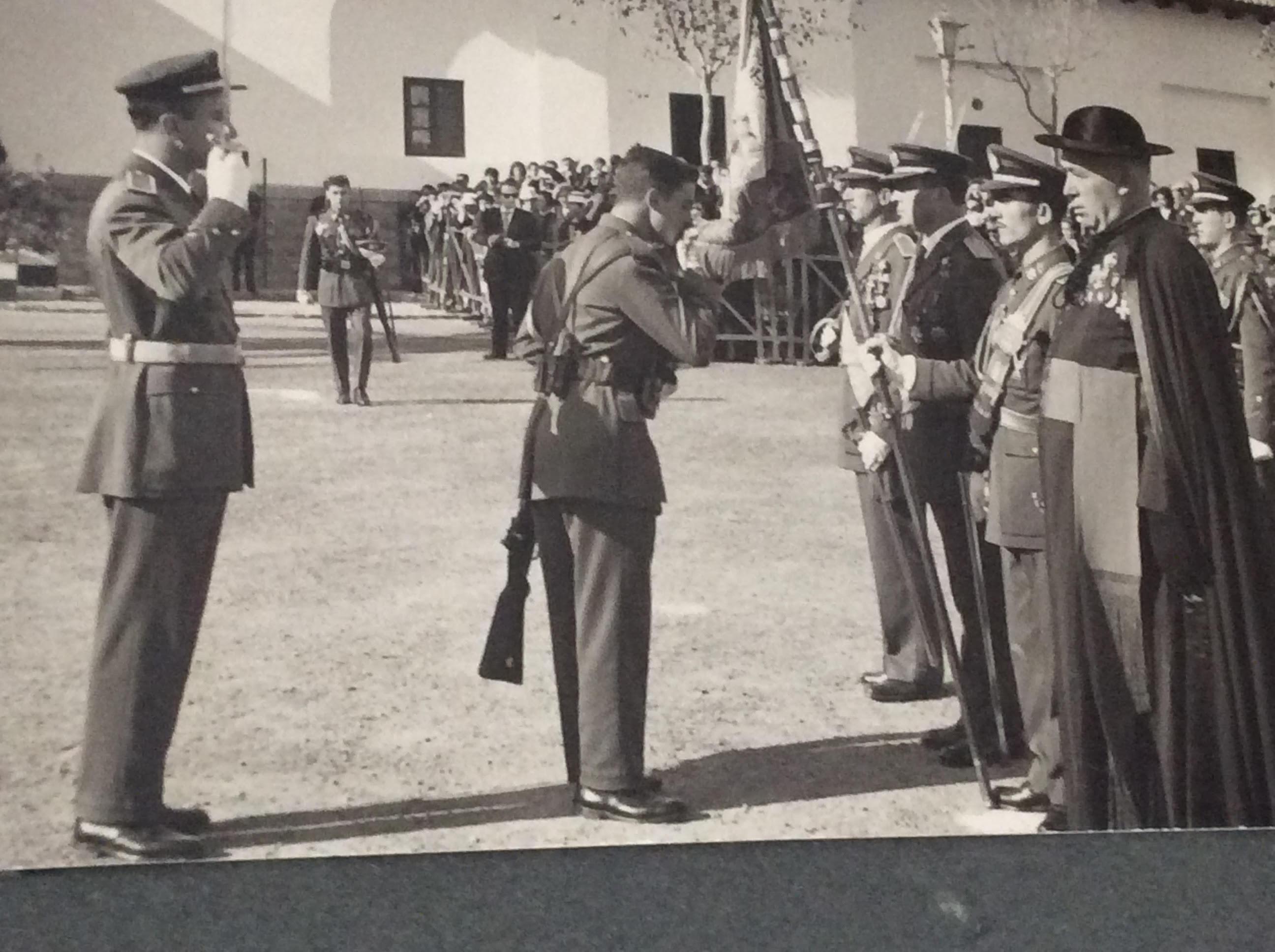 Jurando bandera en 1958